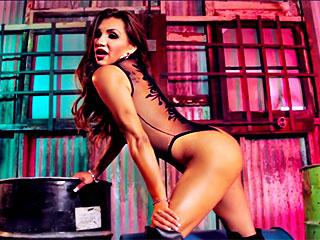 Le solo mortellement sexy de Jessy Dubai